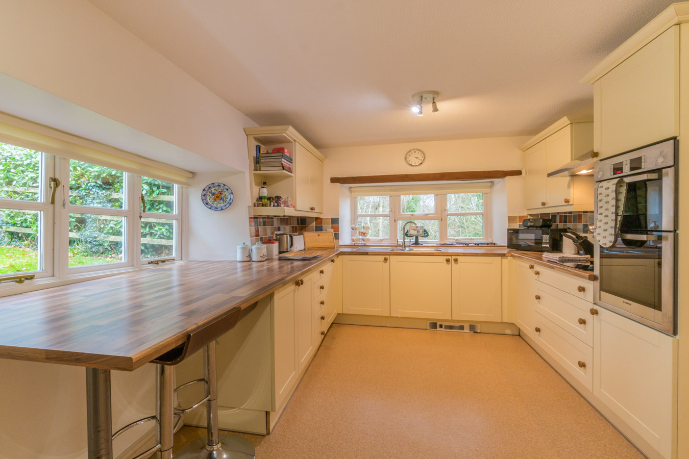 Self-Catering-Holiday-Farmhouse-West-Dorset-Nr-Charmouth-Lyme-Regis-9-guests-18