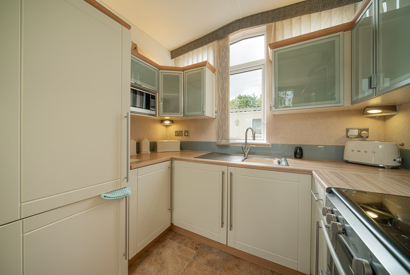 Monkton-Wyld-Static-Mobile-Holiday-Home-Sale-Plot-23-Charmouth-Lyme-Regis-West-Dorset-7