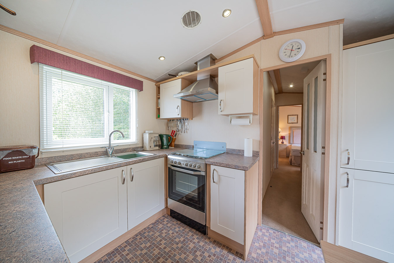 Monkton-Wyld-Static-Mobile-Holiday-Home-Sale-Plot-8-Charmouth-Lyme-Regis-West-Dorset-4