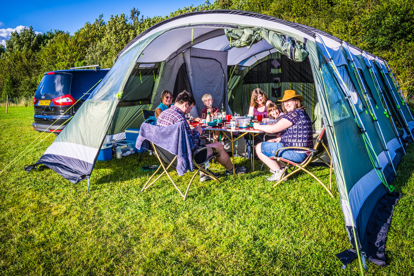 Monkton-Wyld-West-Dorset-Best-Top-Camping-Caravanning200