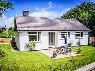 Holiday Bungalow ~ Sleeps 4